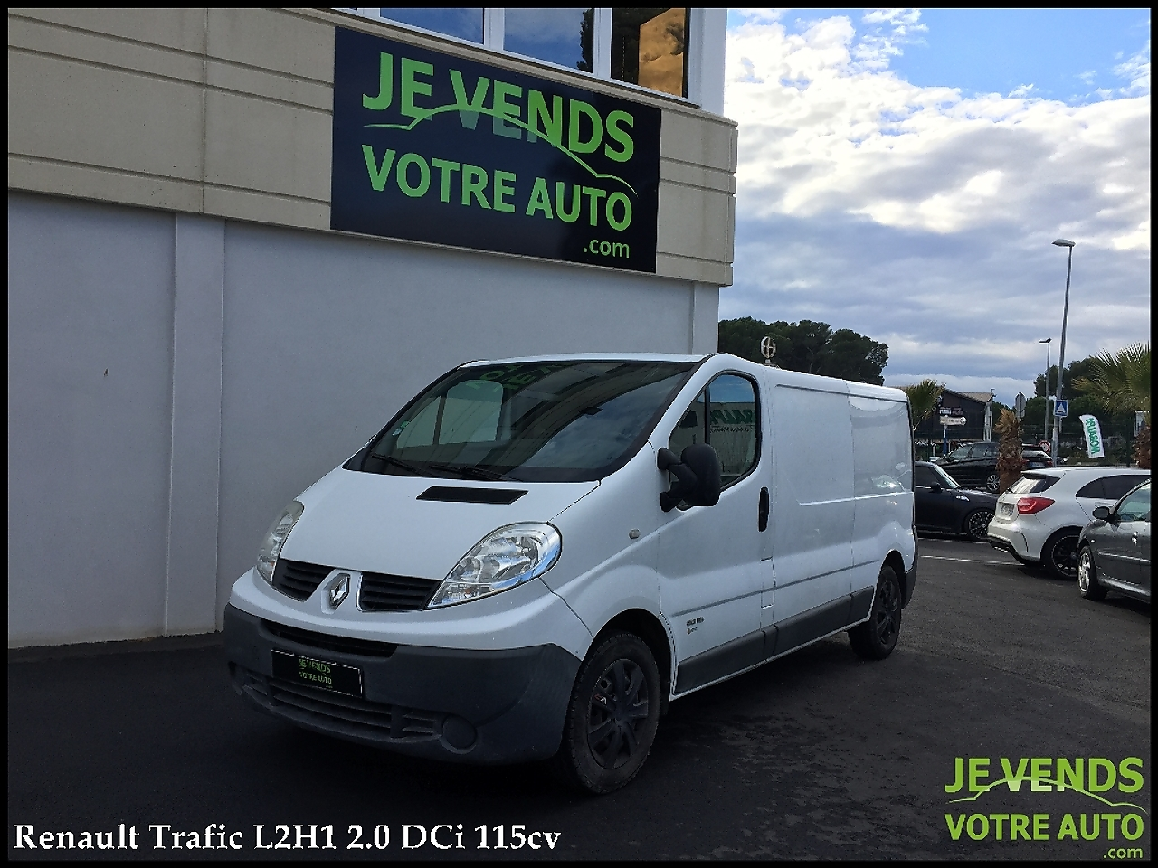 voiture renault trafic l2h1 2 0 dci 115ch grand confort occasion diesel 2007 91500 km. Black Bedroom Furniture Sets. Home Design Ideas