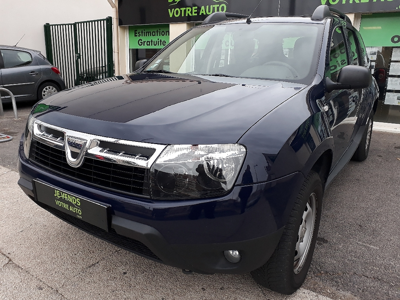 voiture dacia duster 1 5 dci 110ch fap laur ate 4x4 occasion diesel 2011 110700 km 8390. Black Bedroom Furniture Sets. Home Design Ideas